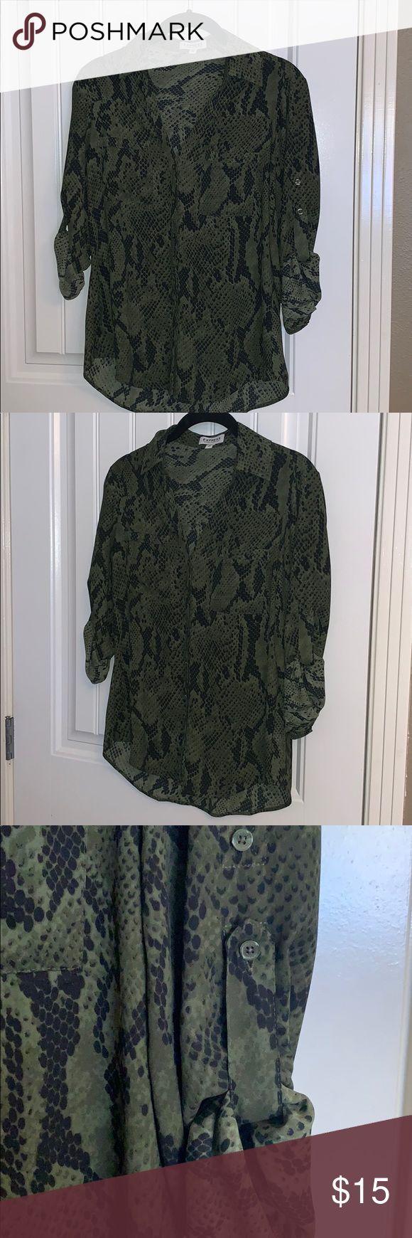 Express portofino shirt -xs – snake print Xs express portifino shirt. Snake prin… – Bathilda Kleider