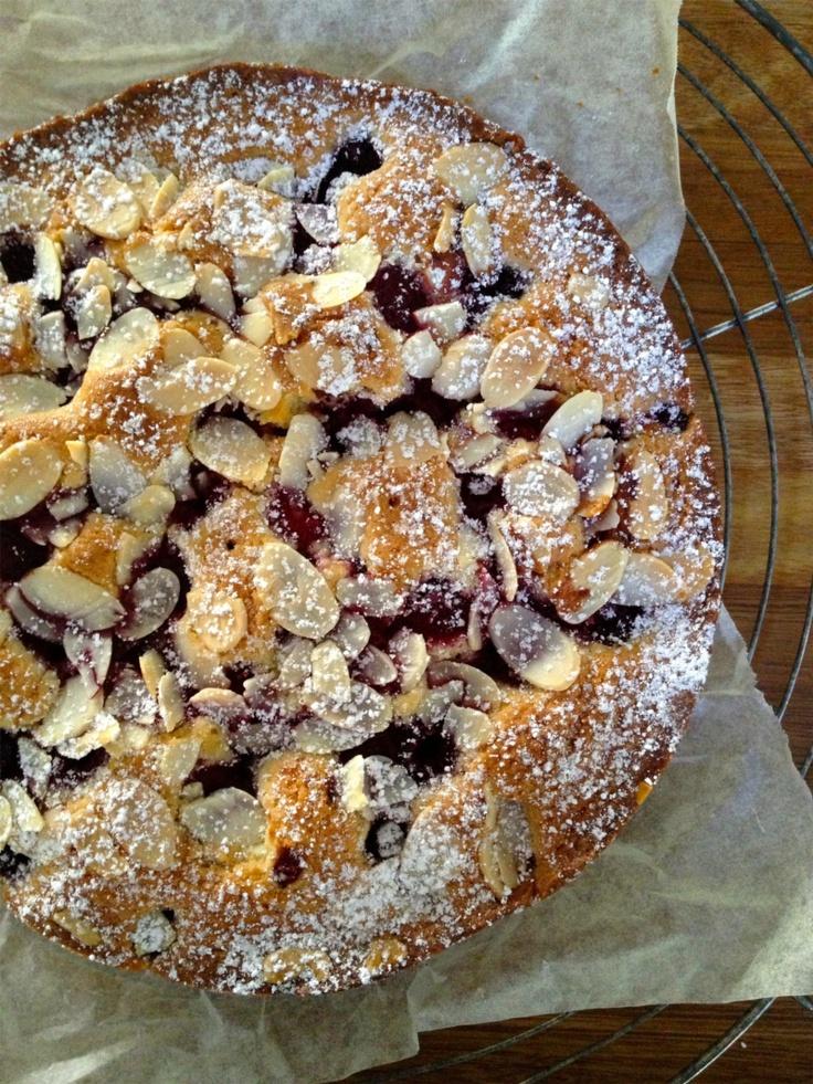 Quick Almond & Raspberry Cake http://www.bakeclub.com.au/blog/do-you-have-time-to-bake.aspx