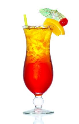 Sex on the Beach - Wodka, Peach Liqueur, Cranberry Juice, Orangejuice, Icecubes