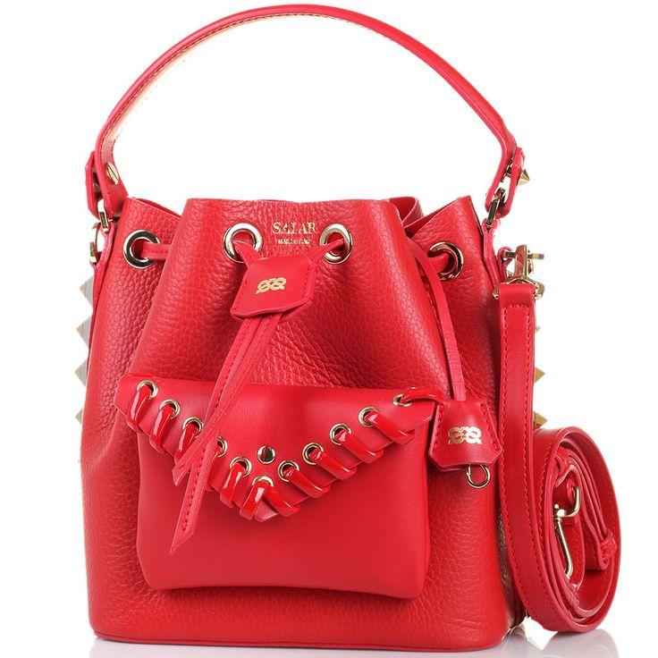 Сумка-мешок с внешним карманом и металлическими шипами Salar Tala красного цвета