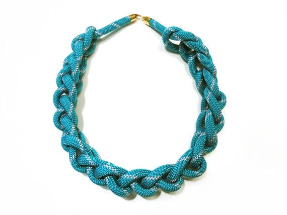 Chunky knotted rope necklace