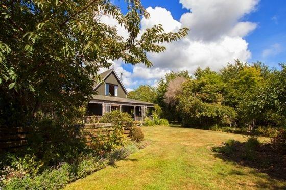 Wharemaru Homestead - Te Horo Holiday Home in Te Horo Beach, Te Horo   Bookabach