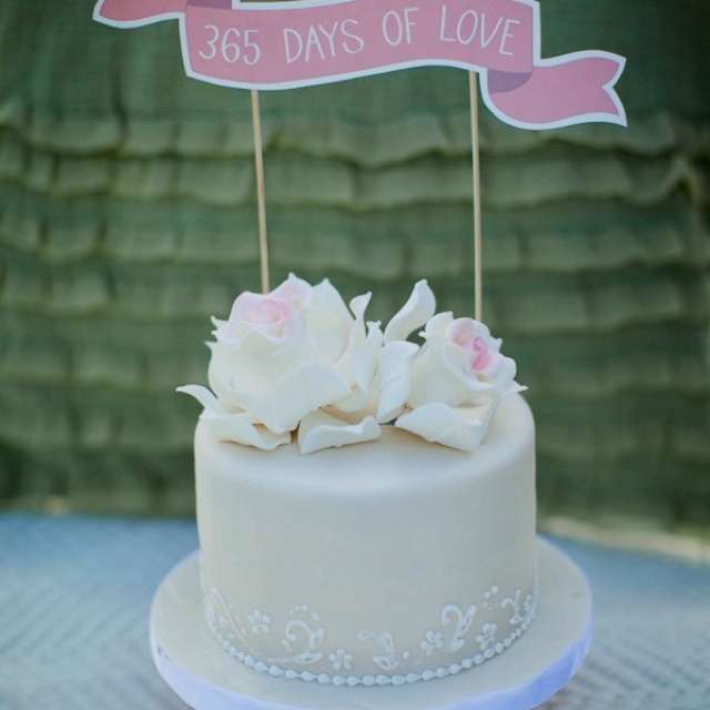 Cake Ideas For Wedding Anniversary: 1000+ Images About First Anniversary Wedding Cake Ideas