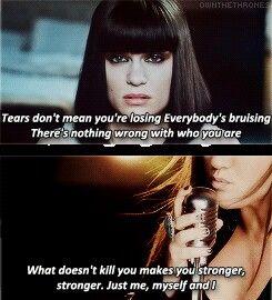 Jessie J & Kelly Clarkson