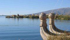 Lago Titicaca, Peru e Bolívia.   A uma altura de 3.800 metros acima do nível do mar, o Lago Titicaca é o lago navegável mais alto do mundo. Região onde vivem populações nativas Aymara e Quechua, o lago tem casas flutuantes e inspirou numerosas lendas locais. Do lado peruano, o melhor é visitar o lago a partir da cidade de Puno, e do lado boliviano, a cidade de Copacabana, a 150 km de La Paz, é o lugar indicado Foto: stock.xchng / Divulgação