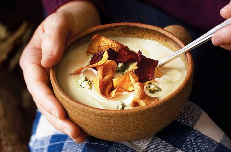 A simple Silky parsnip and stilton soup recipe for you to cook a great meal for family or friends. Buy the ingredients for our Silky parsnip and stilton soup recipe from Tesco today.