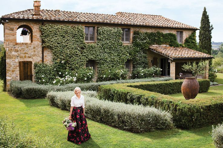 Dream Home Eileen Guggenheim's Italian Home - Pictures of Eileen Guggenheim's Home in Tuscany, Italy - Harper's BAZAAR