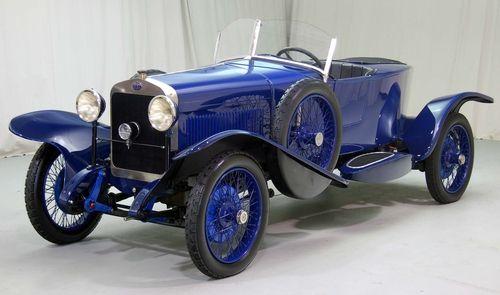 Delage DI (1927). ✏✏✏✏✏✏✏✏✏✏✏✏✏✏✏✏ IDEE CADEAU ☞ gabyfeeriefr.tumblr.com ..................................................... CUTE GIFT IDEA ☞ frenchvintagejewelryen.tumblr.com ✏✏✏✏✏✏✏✏✏✏✏✏✏✏✏✏