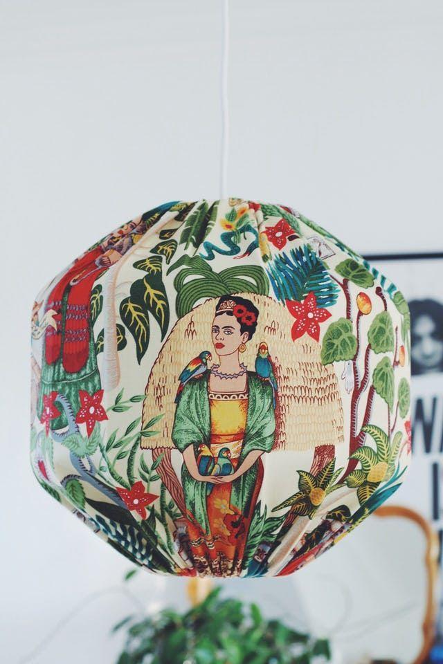 Taklampa Frida Kahlo 0