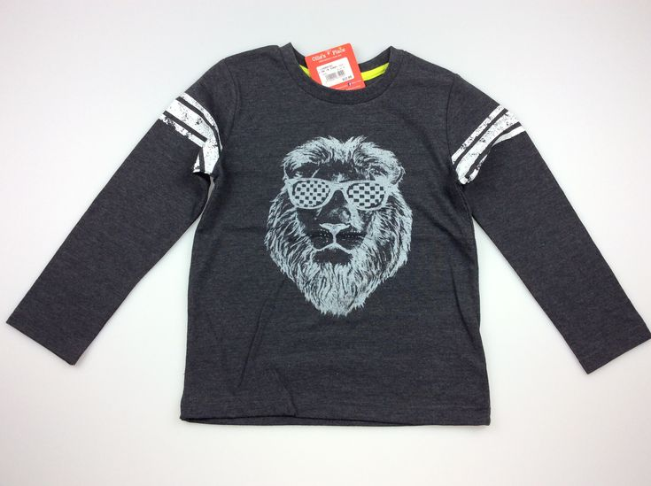 Ollie's Place, long sleeved t-shirt with printed lion wearing sunglasses, BNWT, size 5, $12 (RRP $22.99) #kidsfashion #boysfashion #daisychainclothing