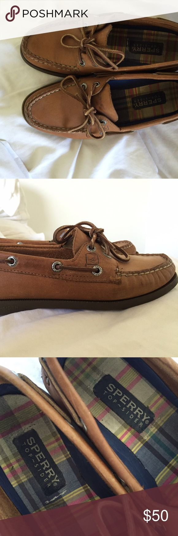 "Sperry Top-Sider women's leather boat shoes Brown-leather Sperry Top-Siders (""authentic original"") - slightly worn but in great condition (AKA almost broken in so you don't get blisters!) Adorable shoes. Sperrys are snug, as most leather shoes are, but the more you wear them, the more they'll stretch! Sperry Top-Sider Shoes"