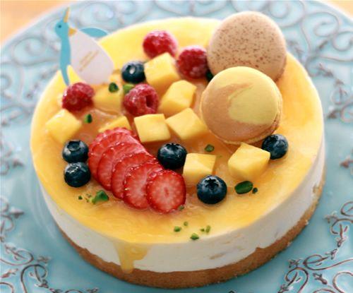 トロピカルマンゴーのクレーム・グラッセ5号(直径15cm)【誕生日 デコ アイスケーキ ケーキ バースデー】