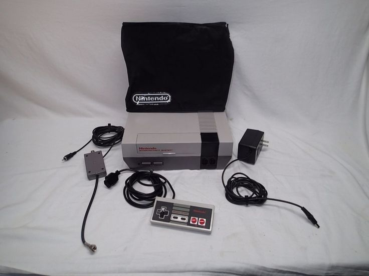 1985 NES Nintendo System NES-001 Console with bundled accessories #Nintendo