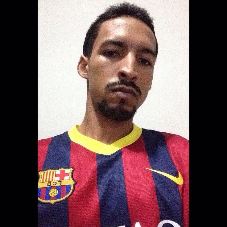 Another Day with Beard #TeamBarbaFina @barba_fina  #Beard #FacialHairStyle #Barba #ItalianStyle #BarbaEstiloItaliana #BeardItalianStyle #BarbaFina #FCB #Barça  #MesQueUnClub #Cartagena #Colombia #NikeRules #Nike   #Latino #Nigga #Apple  by luiseduardcc