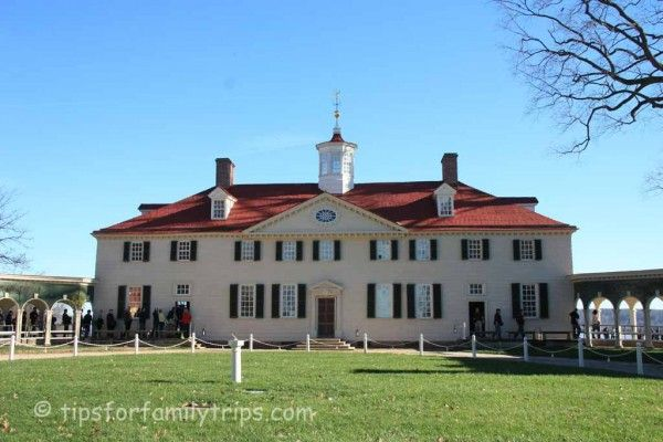 Tips for a perfect visit to Mount Vernon, near Washington D.C. This is a great destination for families!