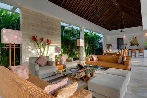 Casa Brio - open-plan living area