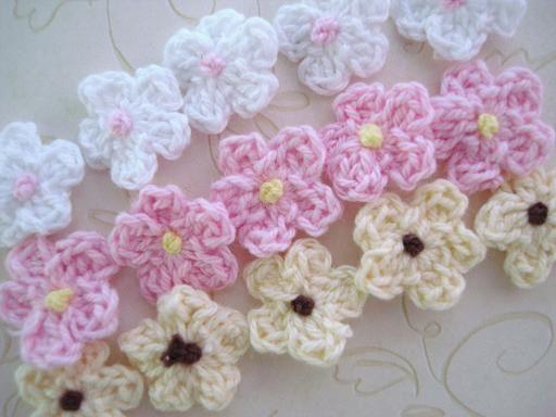 60 Hand Crochet Small Daisy Knit Cute Flower/Pink/White/Brown/trim/knitting C17