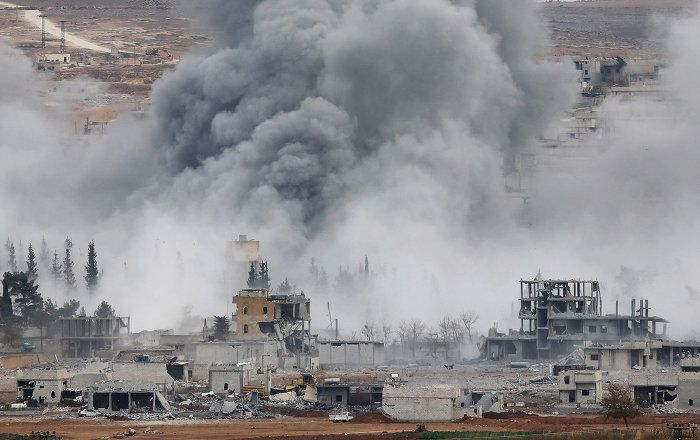 Washington schließt Militärschläge gegen die Regierungskräfte Syriens nicht aus, wenngleich dies nicht im Interesse der USA liegen würde. Das sagte US-Regierungssprecher Josh Earnest am Donnerstag in Washington.