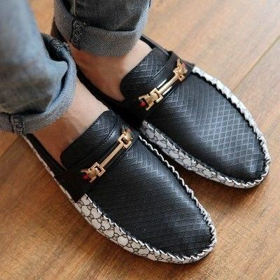 Clasp Buckled Loafers