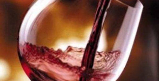 24 nov. Locorotondo (Ba) 31^ Festa del vino novello. Degustazione di vini novelli nel centro storico accompagnati da focaccine fritte, caldarroste, bruschette, salumi vari il tutto per esaltare i novelli in rassegna.