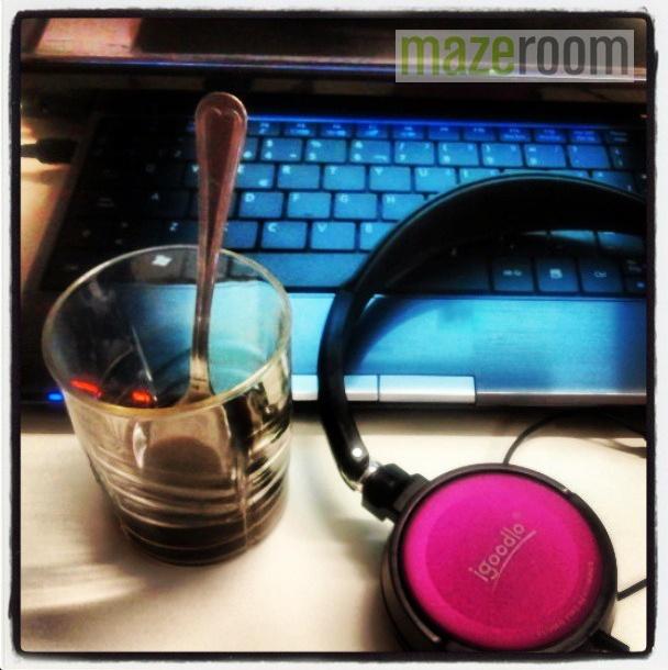 Buenos días! Empezando a trabajar con buen humor y buena música #goodmorning #buenosdias #bondia #work #treball #trabajo #music #musica #cafe #desayuno #breakfast