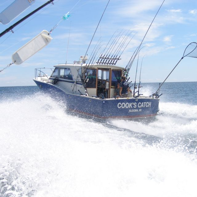 36 ft cooks catch of kinn 39 s sport fishing from algoma wi for Algoma fishing charters