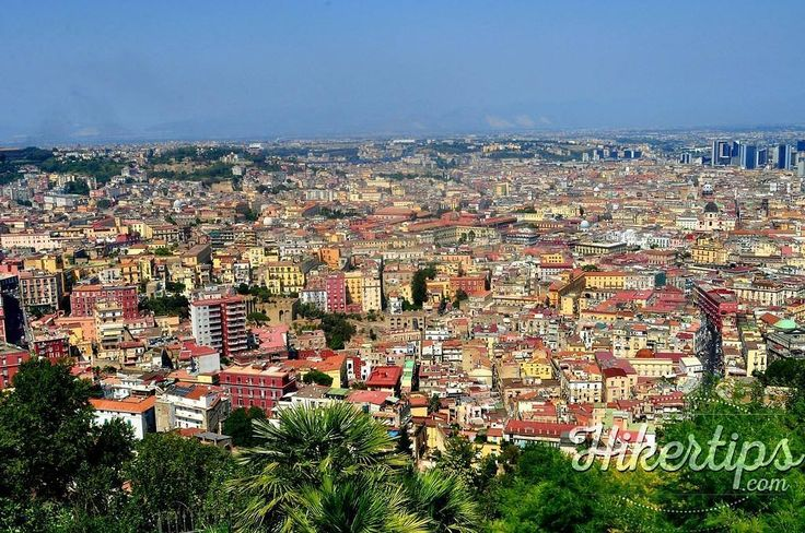 This view can be enjoyed from the terrace of Renzo E Lucia Restaurant in Naples