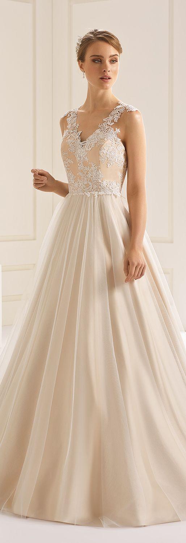 dress DAKOTA from Bianco Evento #collection2018 #biancoevento2018 #biancoevento #weddingdress #bridalwear #weddingideas