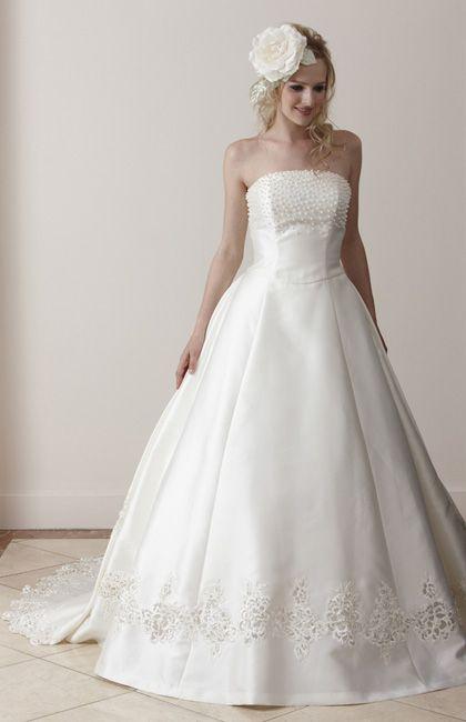 イズミヤ No.23-0022 | ウエディングドレス選びならBeauty Bride(ビューティーブライド)