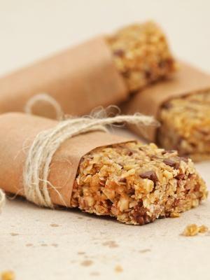 Aprenda a fazer sua própria barrinha de cereais - 22/10/2016 - UOL Estilo de vida