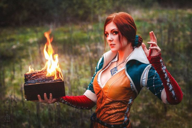 Triss cosplay -The Witcher