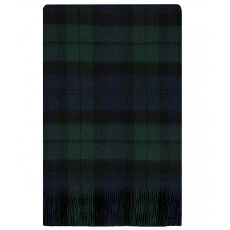 SCIARPA DI LOCHCARRON SCOTLAND DA DONNA Sciarpa da donna di Lochcarron of Scotland in pura lana di agnello di altissima qualità con stampa tartan verde con frangette. Sciarpa da donna calda e accogliente perfetta per le fredde giornate e serate invernali. #lochcarron #sciarpe #donna #ragazza #signora #scarf #scarves #moda #fashion #woman #girl