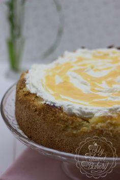 Rezept: Glutenfreie Apfel-Wein-Torte mit Eierlikör #rezept #torte #eierlikör #apfel #wein #glutenfrei #kuchen