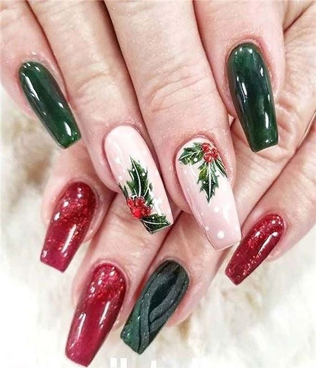 white red green christmas nails, winter nail art , christmas