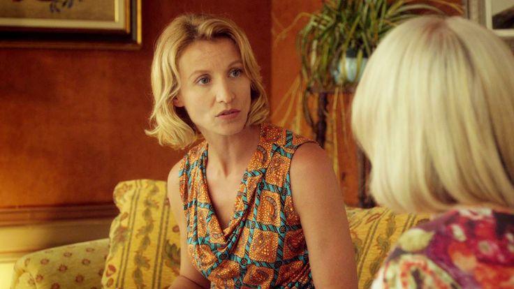 Regardez le teaser du film Retour chez ma mère (Retour chez ma mère Teaser VF). Retour chez ma mère, un film de Eric Lavaine