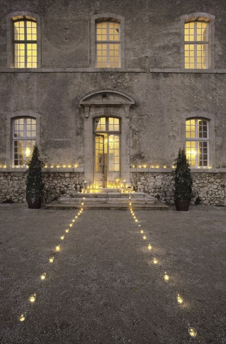 christmas path: Paths, Parties, Candles, Teas Lights, Christmas, Country Home, House, Chateau, Entrance