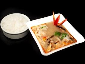 Sopa Tom Yum, receta de Linda Brockmann.