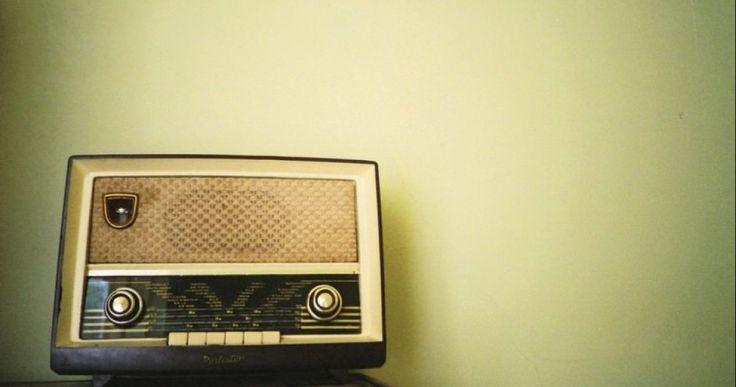 Παγκόσμια Ημέρα Ραδιοφώνου: Λίγα λόγια για την ιστορία των FM
