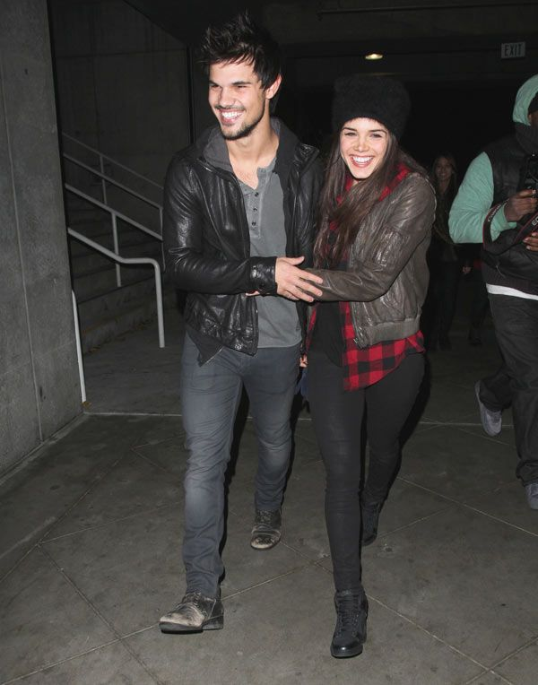 Taylor Lautner & Girlfriend Spotted Holding Hands At Jay Z Concert