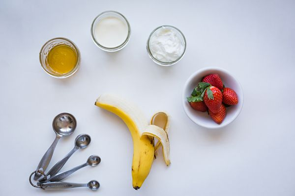 Beauty DIY: Strawberry Rose and Bananas  {LaurenConrad.com}