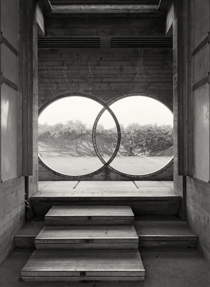 CARLO SCARPA  TOMBA BRION