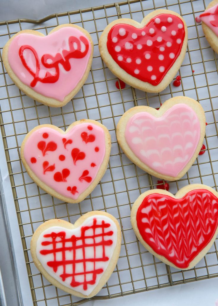 Before I show you these adorable cookies, just a heads-up, there's a Valentine's Sale going on in our Shop right now! We're having a quick flash-sale on our bestselling Caramel Boxes. We also have a small availability of single bags in two flavors we didn't offer in single bags over the holidays: Caramel Apple and Anise... Read Post The post Flashback Friday: Glace Sugar Cookie Icing appeared first on Our Best Bites. :: Food