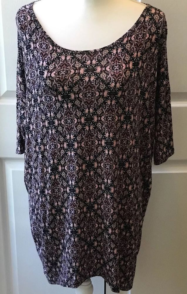 e8af9d5724c Lularoe Irma Shirt Top Tunic Size Small Black Pink Floral Abstract High Low  Hem   eBay