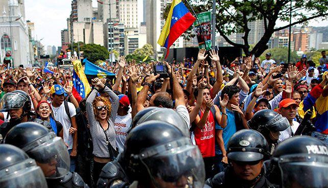 ¿Qué hacer cuando la injusticia es más fuerte que la verdad Puedes leerlo en guayoyoenletras.net