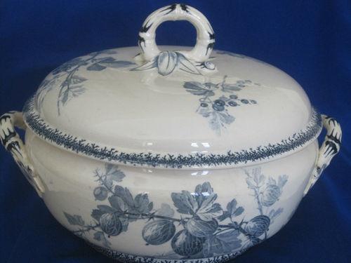 Antique Majolica Sarreguemines U Covered Bowl Tureen France Groseilles