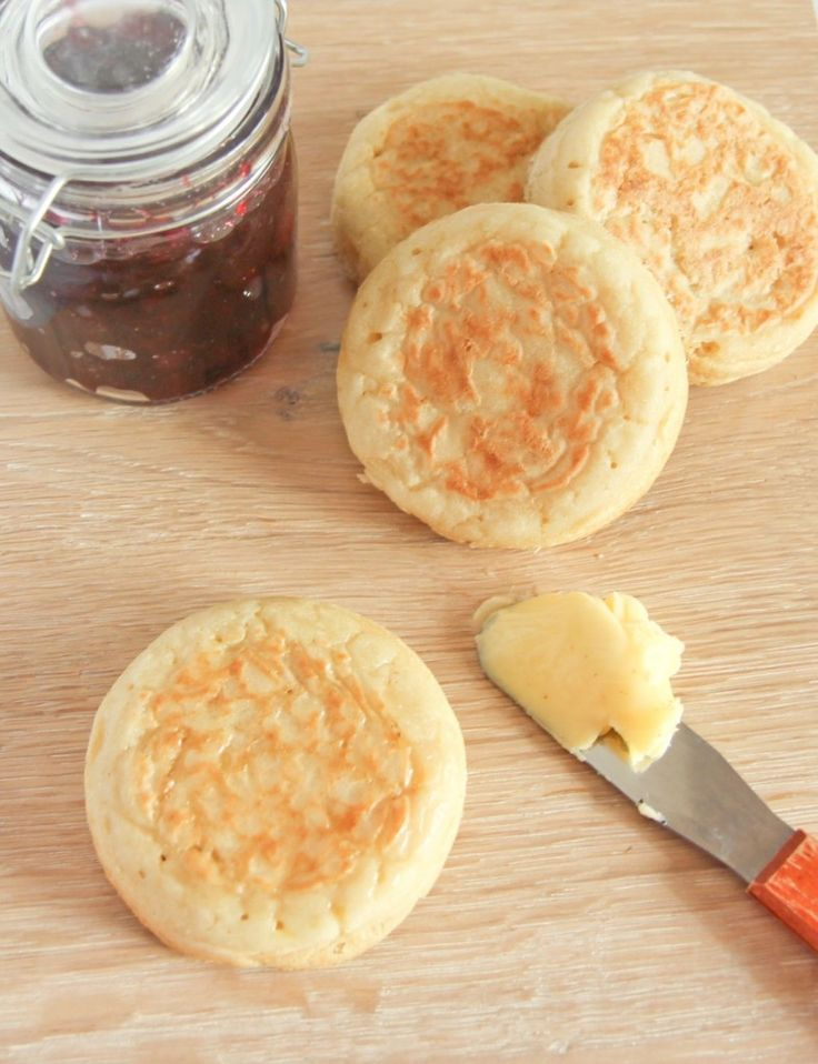 These low #fodmap crumpets look tasty!