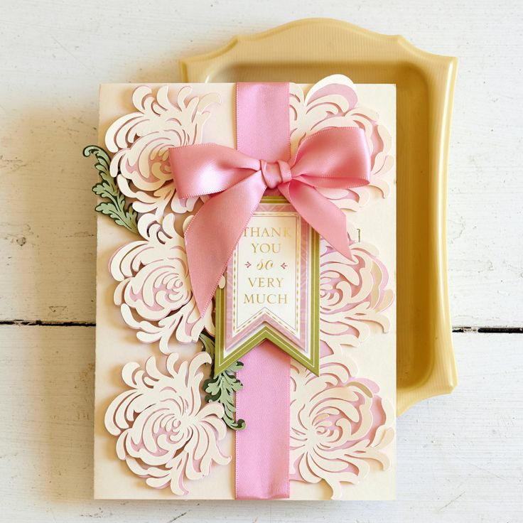 Convert To Scrapbook Layout Garden Mums Thank You Card By Anna Griffin.  Make It Now With The Cricut Explore Machine In Cricut Design Space.