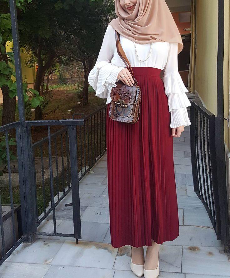 """1,112 Likes, 7 Comments - Fatmanur (@faaaatmanur_) on Instagram: """"Güzel elbisem: @zeyneps_mode """""""