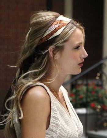 serena-van-der-woodsen-hair-scarf