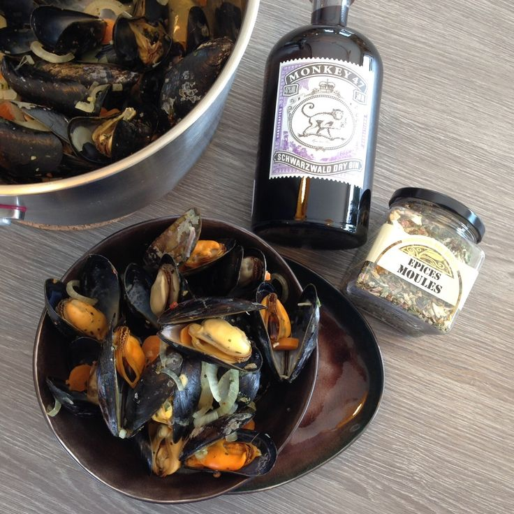 Recipe for mussels and gin Monkey 47. Buy the Monkey 47 gin and the Mussles spices online at www.theflavorshop.be